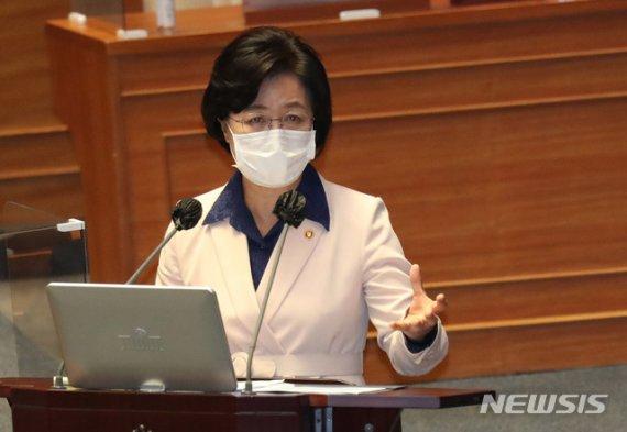 """민주당 """"추미애 아들, 안중근 의사 말 몸소 실천한 것"""""""