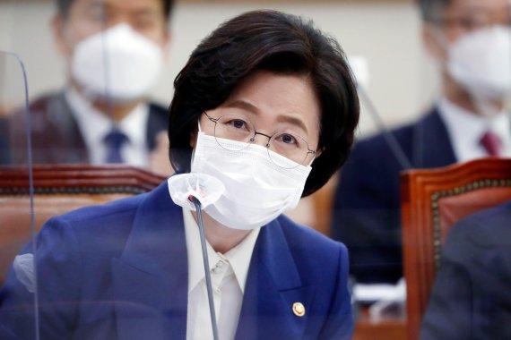 """추미애, '검찰개혁 실패' 검사 저격…""""개혁이 답"""""""