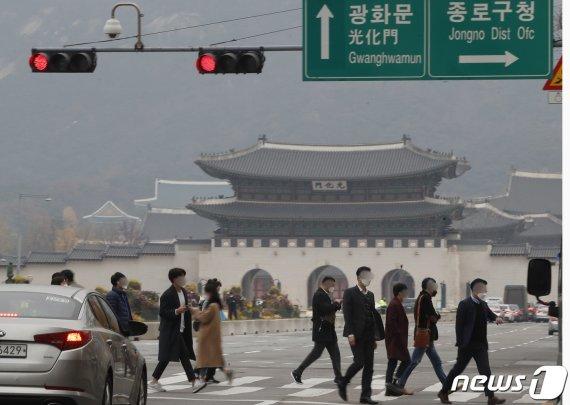 서울 혼자 사는 2030 여성 절반의 거주 형태
