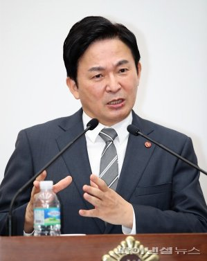 """원희룡, """"전남-제주 해저터널, 제주 정체성 무너뜨릴 것"""""""