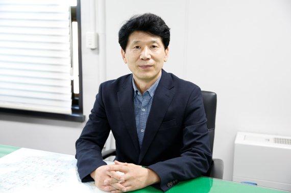 """""""난방 줄이고 공회전 자제… 작은 실천이 미세먼지 줄여줍니다""""[인터뷰]"""
