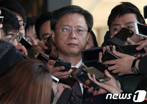"""김종민 """"우병우에 휘둘릴 때 검사들 목소리 들은 기억이 없다"""""""