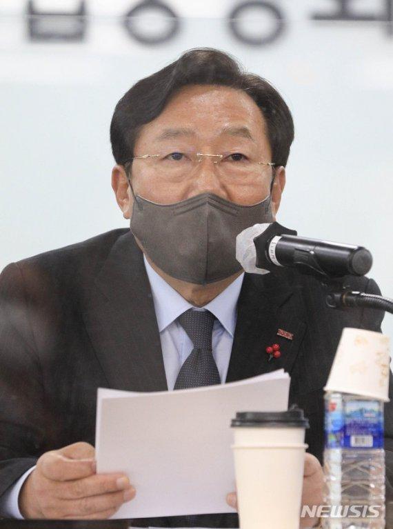 [fn사설] 기업 규제도 모자라 이젠 징벌 3법인가