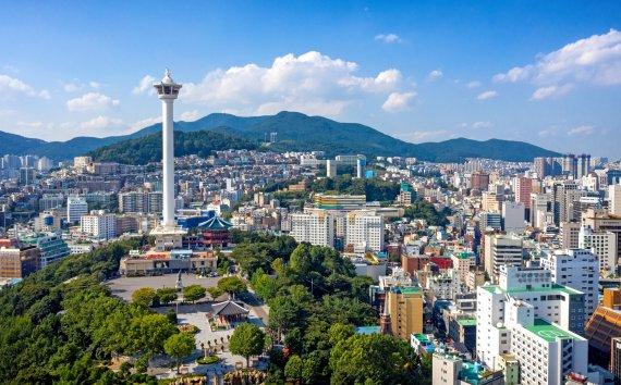 용두산공원 '부산타워' 비엔그룹이 새롭게 운영