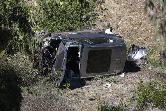 '전복사고' 우즈가 몰던 차는 현대차 제네시스