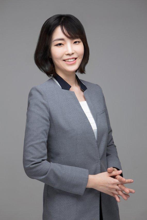 [fn이사람] '국내 1호 학교폭력 전문변호사' 법률사무소 사월 노윤호 변호사