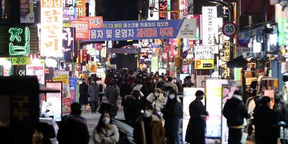 코로나가 우스운 유흥업소…이틀 단속에 200명 적발