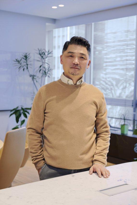 미래이니셔티브 수장 김범수, 카카오 10년 먹거리 직접 키운다
