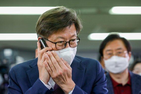 박형준의 부산시, 가덕도 신공항 새 운명 맞을까