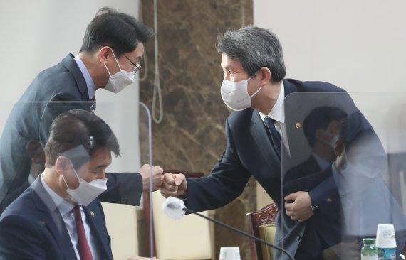 """정부, DMZ 비마교 복구에 23억원 지원..""""판문점선언 이행 의지"""""""