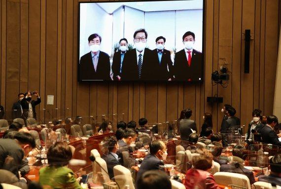 국민의힘 3년 만에 부산 탈환…40대 제외 전 연령 박형준에 투표