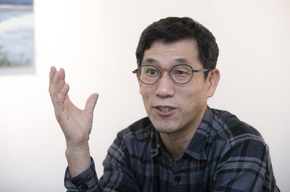 """김용민 """"문파, 문자폭탄 더 권장""""..진중권 """"국민의힘 유망주네"""""""