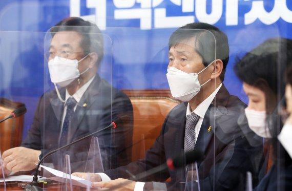 """이학영 """"소상공인 상황 심각…전국민 재난지원금 다시 논의"""""""