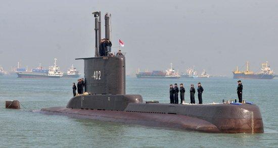 인니 잠수함 해저 600~700m 실종…탑승한 53명 행방은?