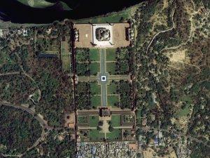 차세대중형위성 1호가 찍은 인도 타지마할