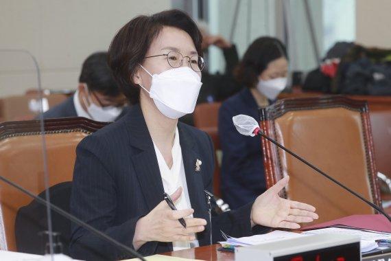 """임혜숙 과기정통부 장관 후보자 """"28GHz 투자 올해 말까지 지켜보겠다"""""""