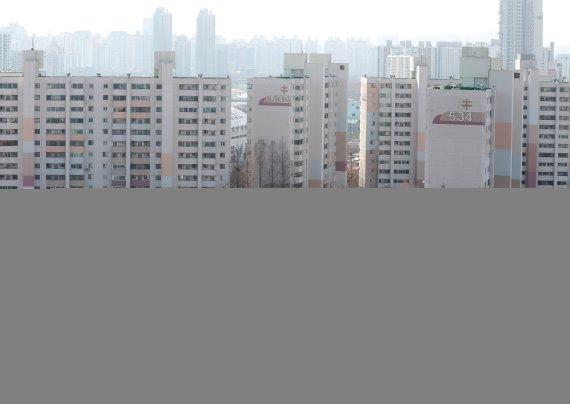국토부-서울시 재건축 기싸움에… 여의도·목동 '살얼음판'