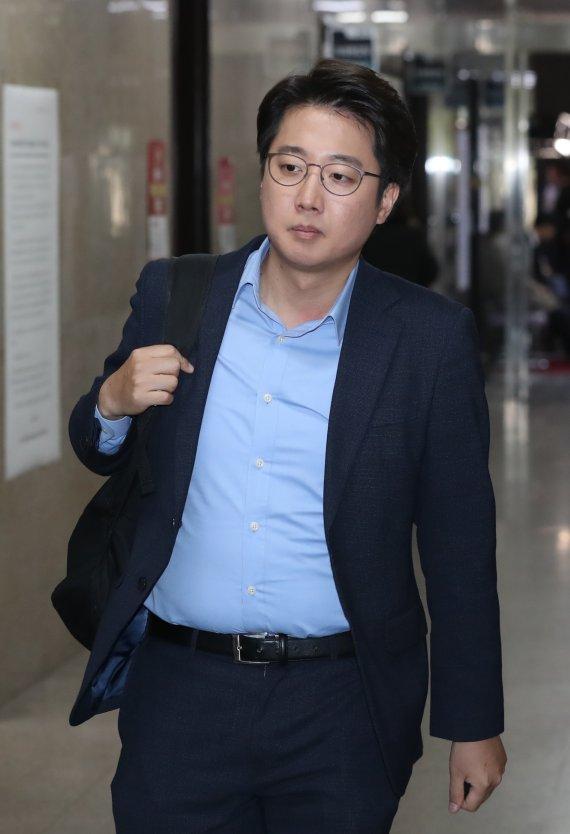 """""""여론호도·갈라치기"""" 청년정치인들, 젠더논쟁 이준석 비판"""