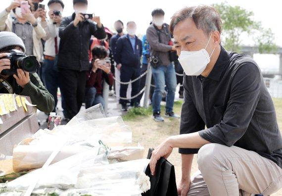 """한강 사망 손정민씨 친구 신발 버리는 CCTV 보니..""""들은 것과 달라"""""""