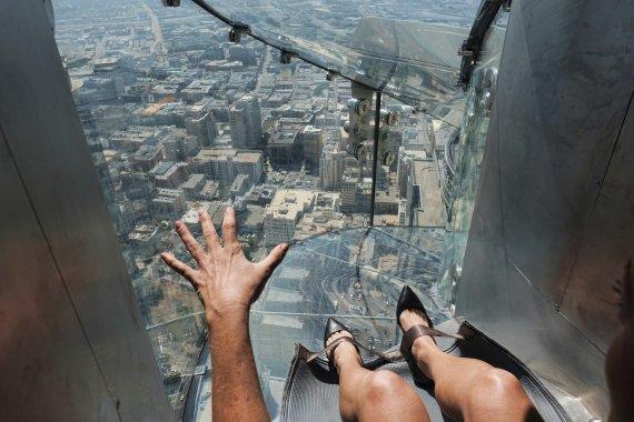 LA 명소 350m 높이 '통유리 미끄럼틀'이 사라졌다