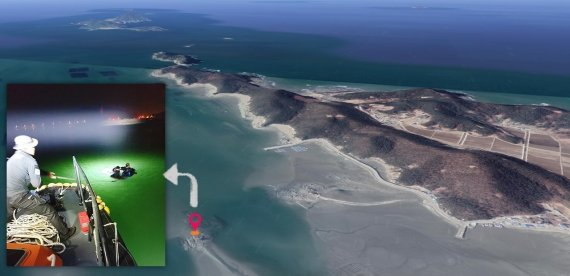 바다에 야간 해루질 나섰다 고립된 60대 해경에 구조