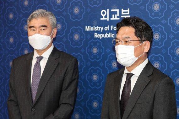 """日 매체 """"21일 서울에서 한미일 모여 북한 대책 논의"""""""