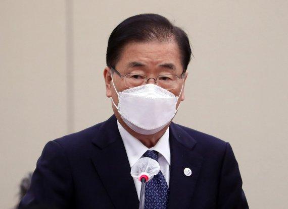 """[속보] 정의용 """"대만해협 관련 중국에 설명..중국도 납득할 것"""""""