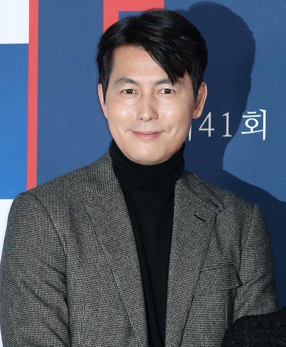 """김부선, 정우성에 사과 """"스캔들로 밥줄 끊겨 괜한 심술을.."""""""