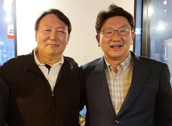 """윤석열, 국민의힘 가나? 안 가나?...측근 """"기정사실이..."""""""