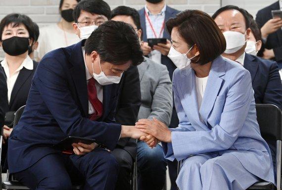 """정청래 """"36세 국가의전서열 8위 이준석, 꼰대정치 청산 계기…나도 열심히"""""""
