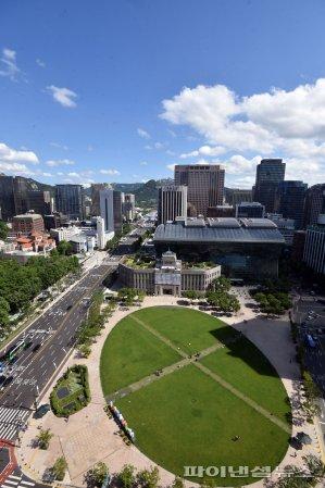 푸른 하늘 펼쳐진 서울