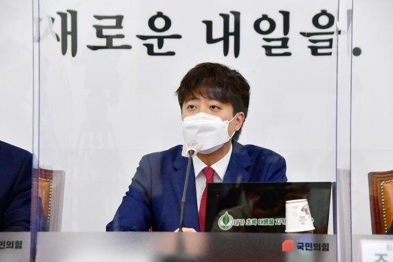 """이준석 """"코인거래소 대표와 안 만난다.. 당 TF 중심 대응"""""""