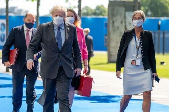 """G7 정상들이 썼던 그 마스크..""""한국 제품이었어?"""""""
