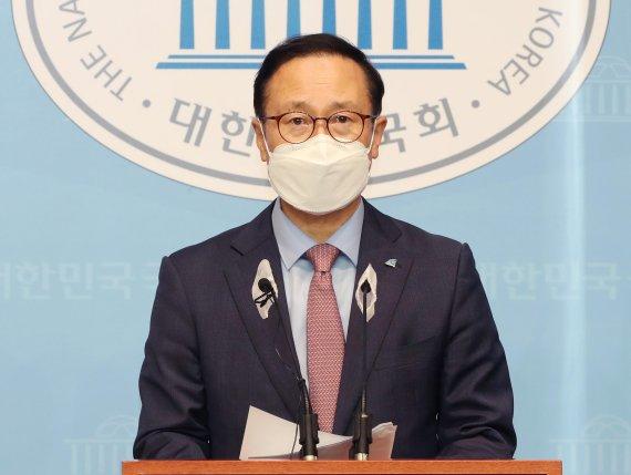 """'친문' 홍영표 """"경선 연기, 1위 후보가 흔쾌히 받으면 끝나"""""""