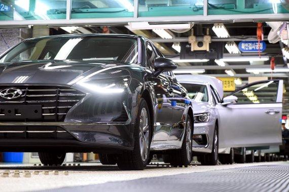 車 개별소비세 인하, 12월까지 연장…5%→3.5%