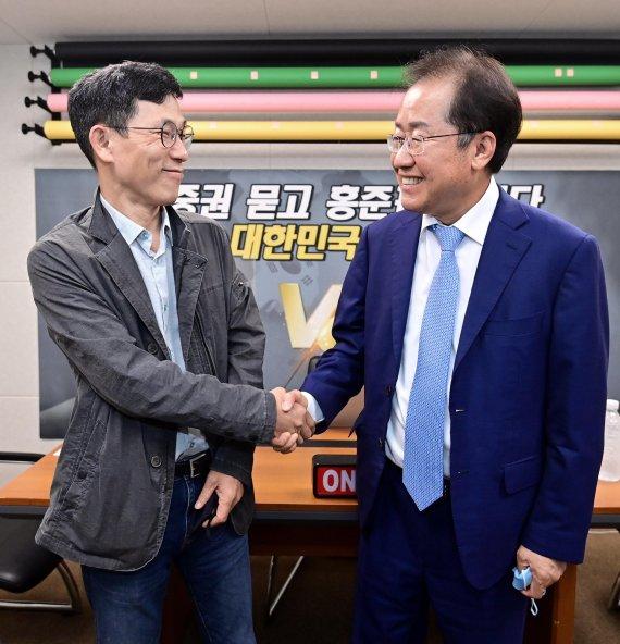 """홍준표, 윤석열에 """"펑하고 나타난 사람"""" """"허망한 신기루"""" 직격"""