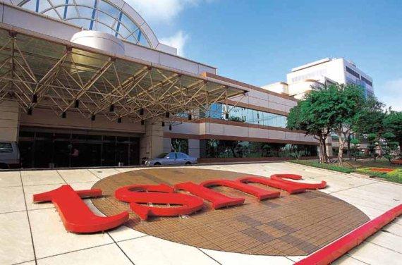 대만 TSMC, 日에 새 반도체 공장 건설 발표