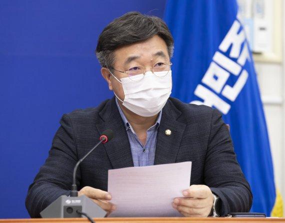 """윤호중 """"김경수, 착한 정치인…국정원 댓글조작과 달라"""""""