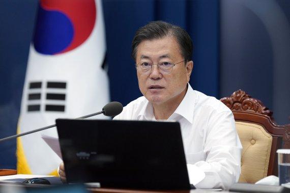 """文 """"추석전까지 3600만명 백신 1차 접종"""""""
