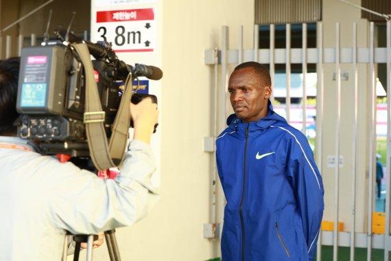 [도쿄올림픽] 마라톤 심종섭 49위..케냐 출신 오주한 15㎞서 기권