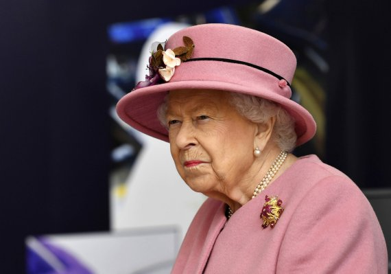 英 여왕이 김정은에 보낸 메시지? 내용보다 맥락 따져야