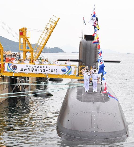 남북한, 경쟁하듯 신무기 개발…한반도 비핵화 '가물가물'