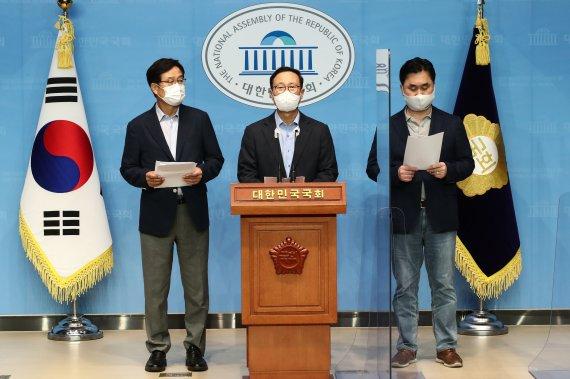'친문 핵심' 홍영표·김종민·신동근, 이낙연 지지선언…丁캠프 움직이나