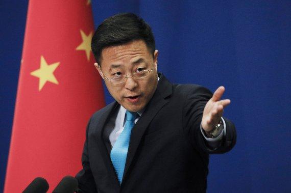 """중국, 북한 탄도미사일 발사에 """"자제 유지 대화로 해결"""" 촉구"""