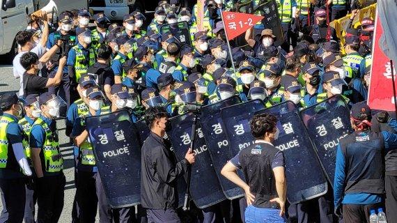 파리바게뜨 화물연대 전국 파업에 가맹점주·소비자 피해 우려↑