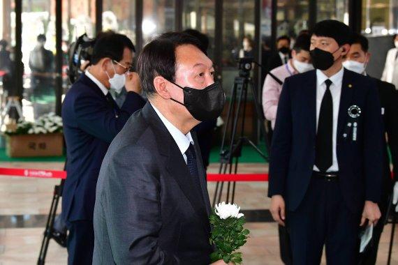 '고발사주 의혹' 수사 검찰 가세…더 강해진 尹 겨냥 화력