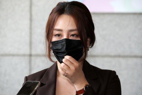 """고발사주 제보 조성은 """"김웅 통화 윤석열 언급…1번 뿐일까"""""""
