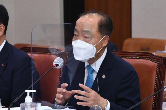 폐업 소상공인 '철거점포지원금'…신청자 35.7% 못 받았다
