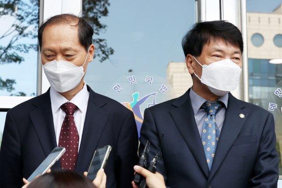 """尹측 """"명백한 법리오해·사실오인""""…징계사유 3가지 인정한 재판부 반박"""