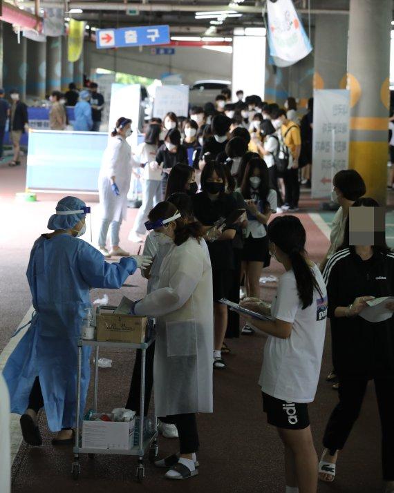 부천서 확진자 접촉 등 22명 감염…누적 5818명